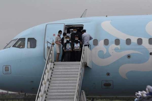 邯鄲市迎接洱海犧牲烈士回家